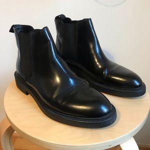 67948e4d736 Vagabond Alex Chelsea boots black polished leather